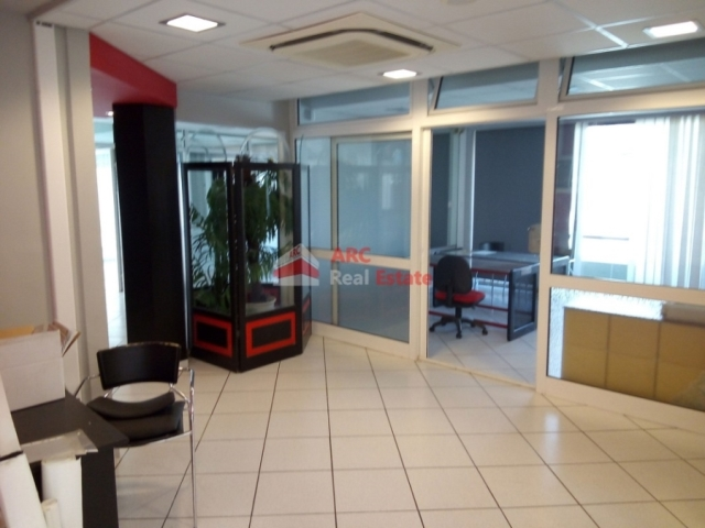 (For Sale) Commercial Commercial Property || Athens Center/Athens - 165 Sq.m, 420.000€